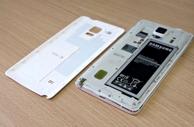 téléphone gèle Android lors de la recharge
