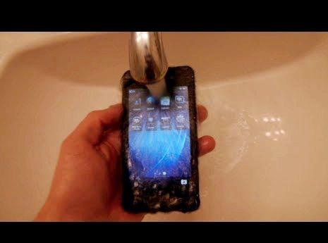 Blackberry sími féll í vatni hvað á að gera