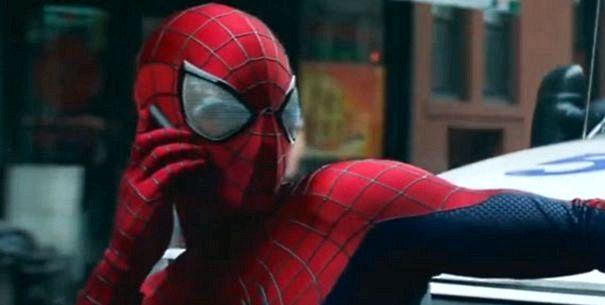 Hvað Síminn er Peter Parker nota í Amazing Spider Man 2