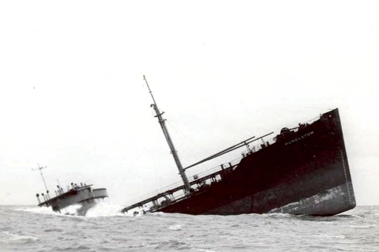 Wann wurde die erste Küste zu Küste Telefonleitung eingerichtet